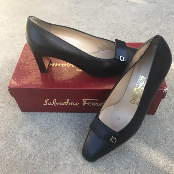 f43efcf7ee25 Salvatore Ferragamo Shoes